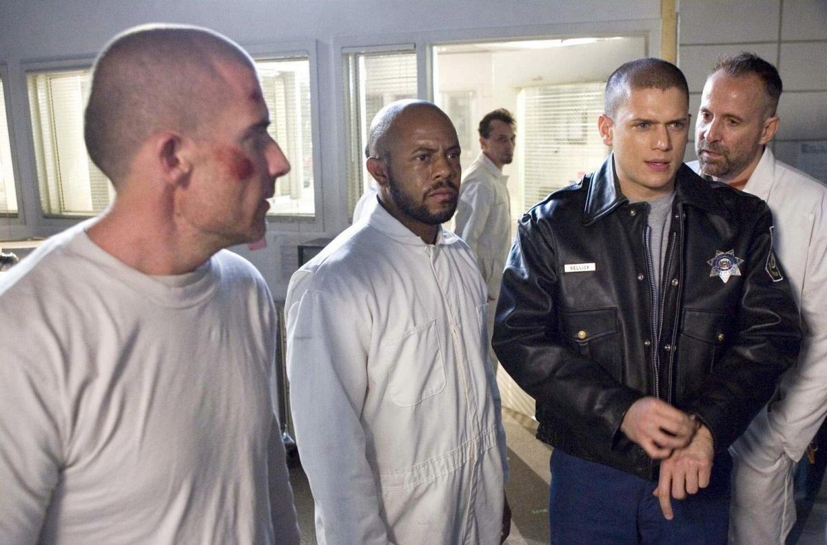Побег 1 сезон смотреть онлайн бесплатно все серии